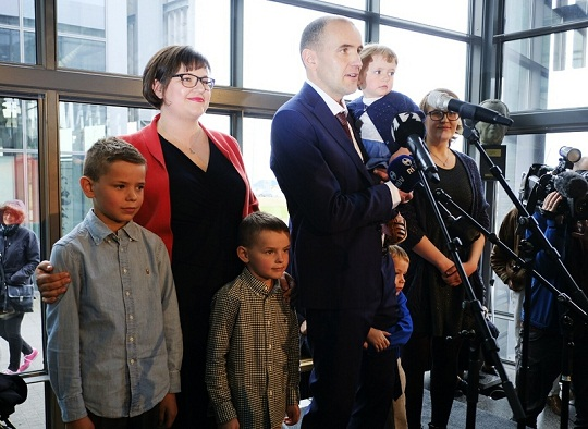 گودنی یوهانسن رئیس جمهور ایسلند بادیگارد ندارد