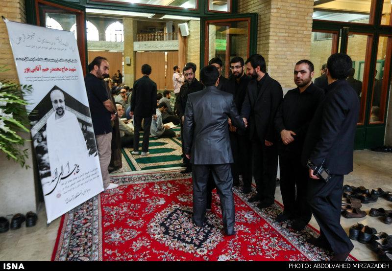 حضور دکتر احمدی نژاد در مراسم بزرگداشت محمد رحیم آقاییپور + تصاویر